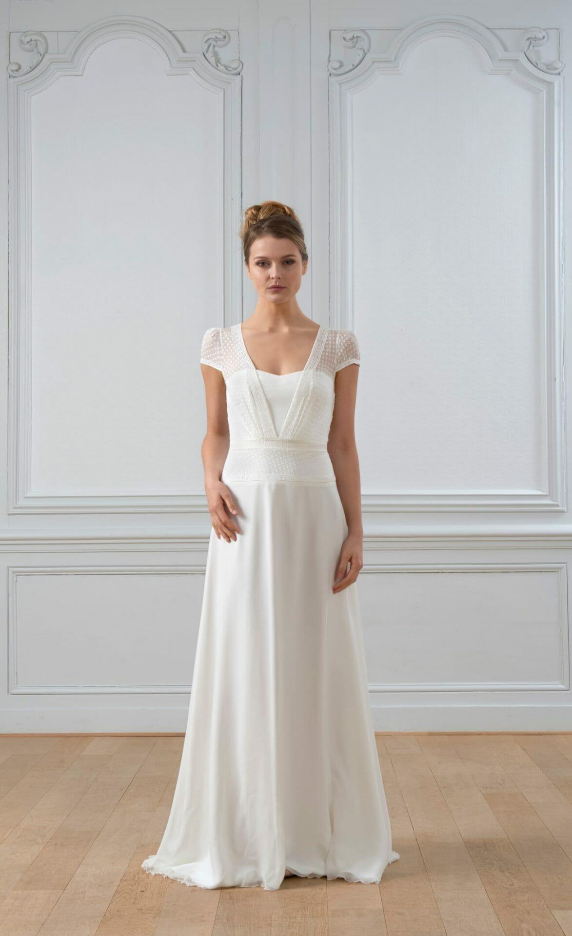 La robe de mariée Emmanuel, style vintage fabriquée en France par Lambert Créations pour Croquelune