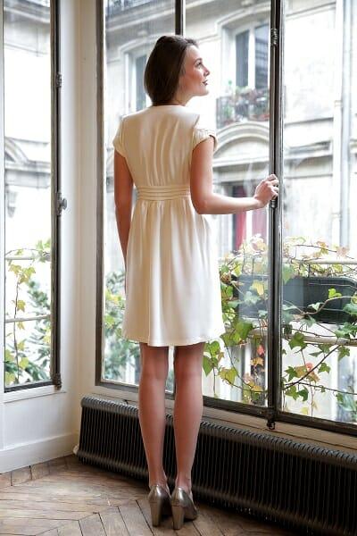 La robe de mariée L'Irrésistible, vue de dos, de la créatrice parisienne L'Amusée fait partie des collections permanentes de Croquelune