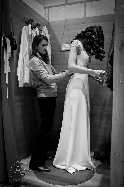 Essayage de robes de mariées chez Croquelune