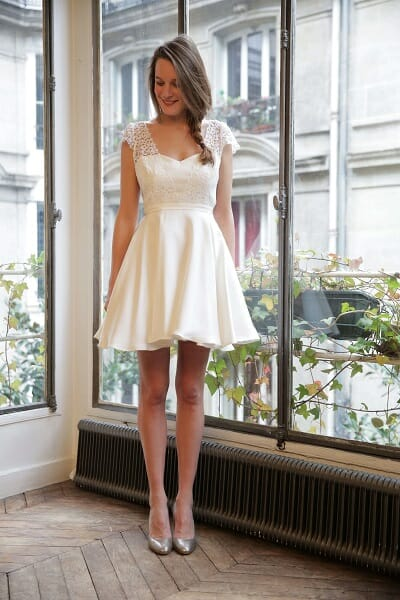 La robe de mariée La Nouvelle audacieuse de la créatrice parisienne L'Amusée fait partie des collections permanentes de Croquelune