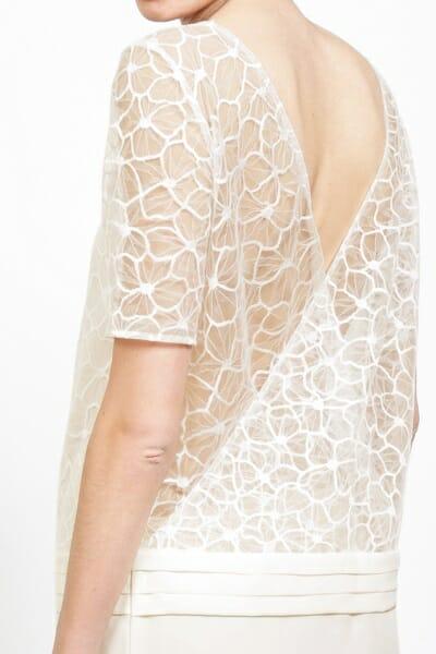 La robe de mariée ``La Sophistiquée`` gros plan dos de la créatrice parisienne L'Amusée fait partie des collections permanentes de Croquelune