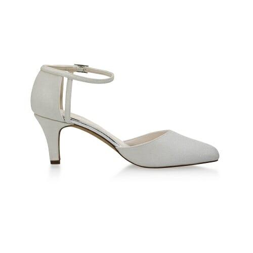 Chaussures très confortables, couleur off white metallic chez Croquelune